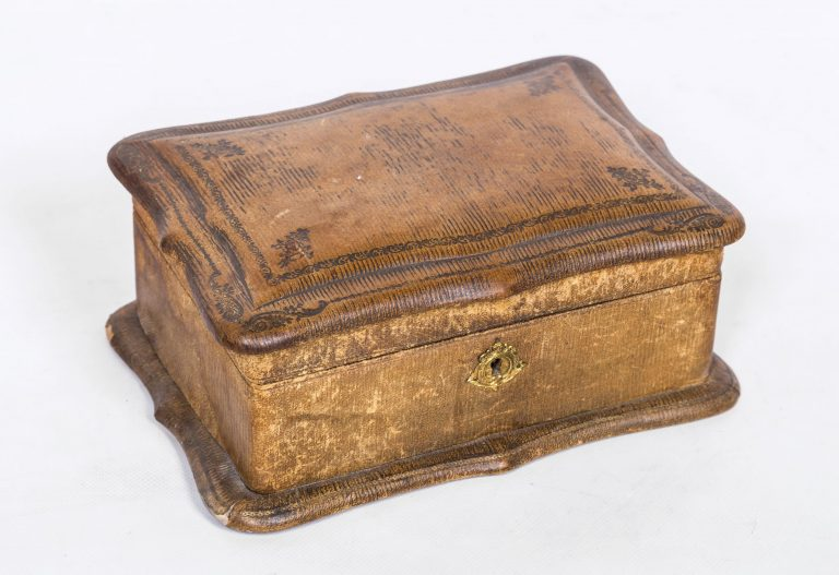 Fine French jewellery box